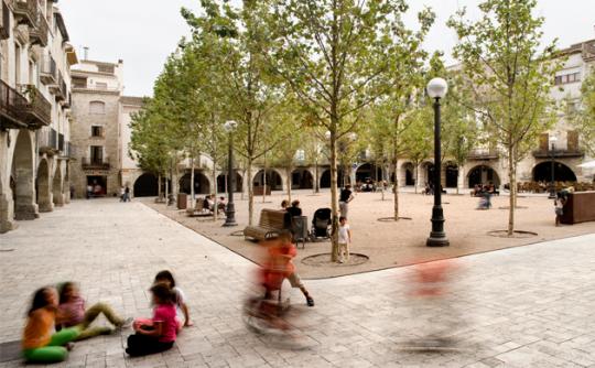 Urbanització del casc antic de Banyoles, 2013 International Stone Architecture Awards. Arquitecte: Josep Miàs. Foto: © Adrià Goula
